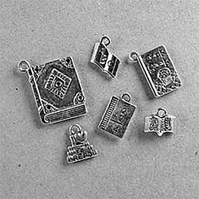 free booklovers charm set - Free Booklovers' Charm Set